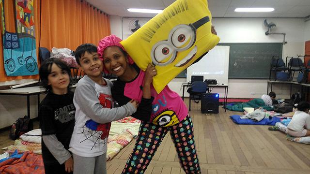 slide_festa_pijama_03_640_x_360